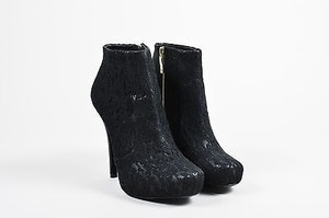 House of Harlow 1960 Lace Black Boots