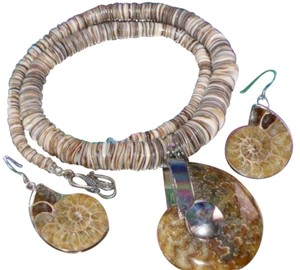 Other Amazing FOSSIL SHELL Necklace Earrings Set