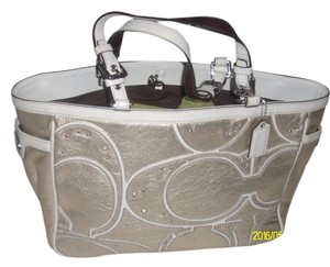 Coach Satchel in Silver/White