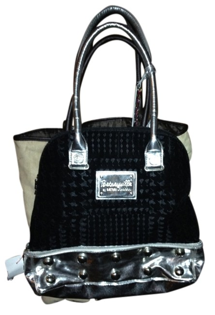 Item - Black and Silver Velvet Patent Leather Shoulder Bag