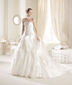 Pronovias Inaya Wedding Dress