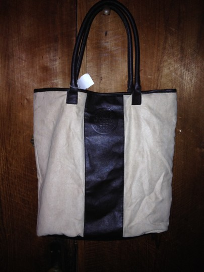 Vince Camuto Tote in tan and brown