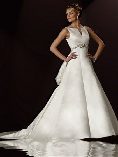 Christina Wu Ivory 15435 Formal Wedding Dress Size 8 (M)