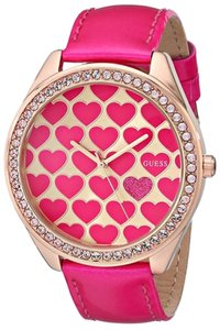 Guess Guess U0535L1 Women's Heart Pink Analog Watch