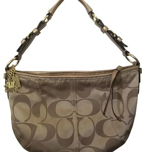 Coach Hang Tag Horse And Carriage Hobo Bag