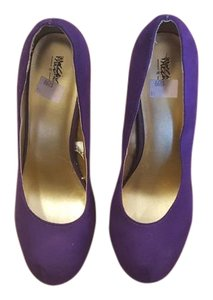 Mossimo Supply Co. Purple Pumps