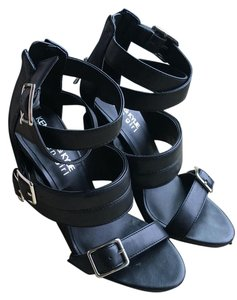 Kendall + Kylie Black Wedges
