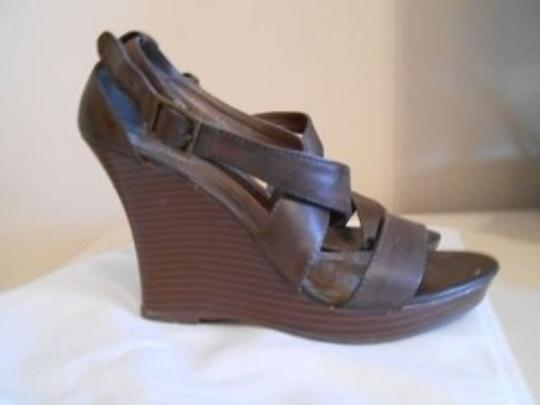 Old Navy Brown Wedges