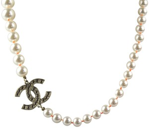 Chanel CC Medallion Imitation Pearl Necklace