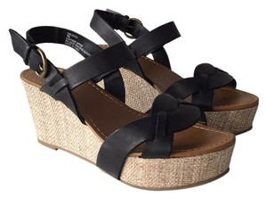 f1429f37f83 Crown Vintage Wedges - Up to 90% off at Tradesy