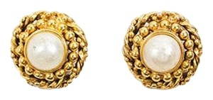 Chanel Vintage Chanel Gold Tone Faux Pearl Textured Round Clip On Earrings
