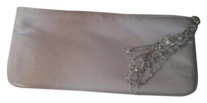 La Regale Clutch Evening Beaded Shiney Fabric Wristlet in Silver