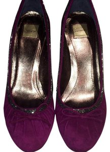 Coach Suede Black Beaded Bows Red Wine Pumps