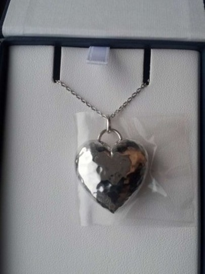 Blue Nile Hammered Heart Pendant
