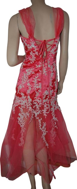 Item - Salmon Red Tulle White Lace Appliques Trumpet Body Fit Prom Wedding Long Formal Dress Size 6 (S)