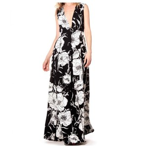 Black Maxi Dress by Gracia
