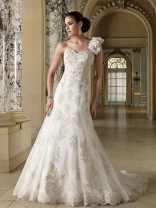 David Tutera For Mon Cheri 212257 Korrin Wedding Dress