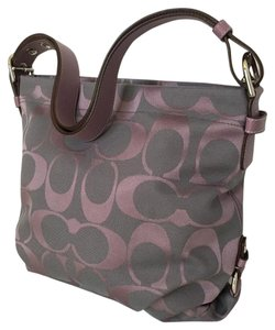 6818645df5 Coach Signature Totes - Up to 70% off at Tradesy