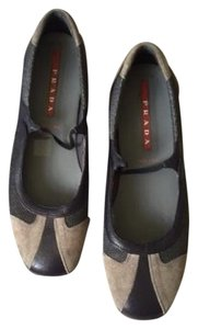 Prada Flat Gray Leather Flats