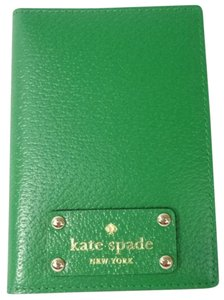 Kate Spade Kate Spade WLRU1236 Women's Wellesley Sprout Green Leather Passport Holder NEW!