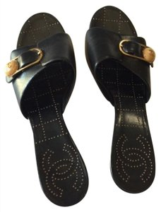 Chanel Open Toed Leather Wood Stitch Black, Gold and tan Sandals
