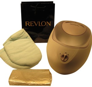 Parrafin Bath; Revlon Beauty Moisture Stay (Model# RVS1203V1) - [ Roxanne Anjou Closet ]