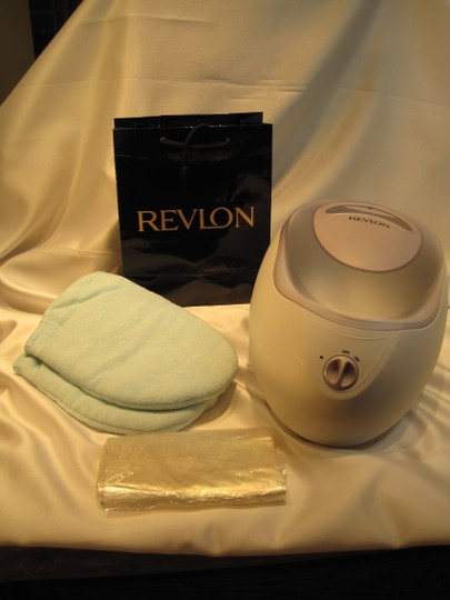 Other Parrafin Bath; Revlon Beauty Moisture Stay (Model# RVS1203V1) - [ Roxanne Anjou Closet ]