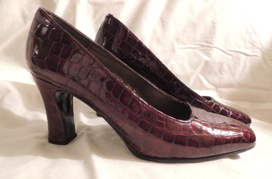 Valerie Stevens Espana Leather Upper Maroon Pumps