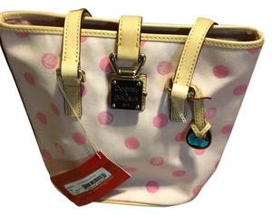 Dooney & Bourke Tote in Punk