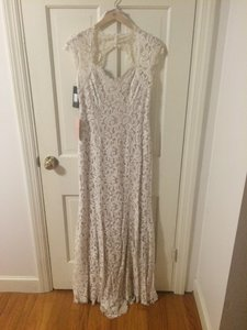 BHLDN Ivory Lace 35575620 Traditional Wedding Dress Size 4 (S)