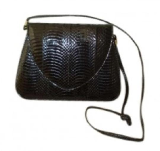 Preload https://img-static.tradesy.com/item/154572/j-renee-vintage-handbag-black-snakeskin-shoulder-bag-0-0-540-540.jpg
