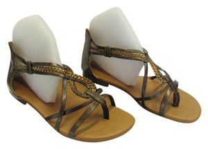 Maurices Size 7.00 M Very Good Condition Brown, Gold Sandals