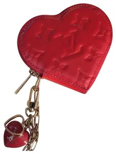Louis Vuitton Louis Vuitton Valentine's Day Ltd Edition Vernis Heart Sac Coin Purse