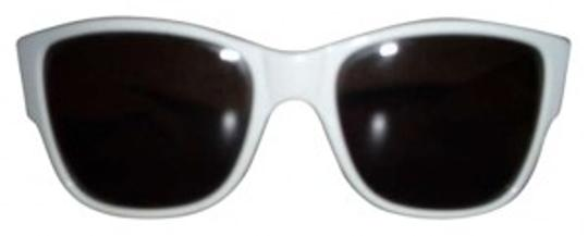 Preload https://item3.tradesy.com/images/persol-white-real-vintage-sunglasses-154582-0-0.jpg?width=440&height=440