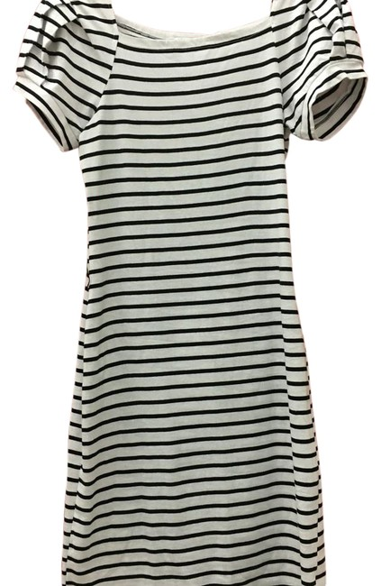 Item - Black and White Knee Length Casual Maxi Dress Size 4 (S)