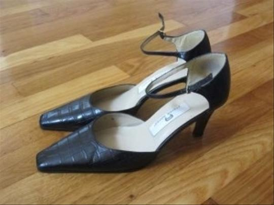 Etienne Aigner Black/white stripe Pumps