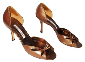Manolo Blahnik bronze copper Pumps