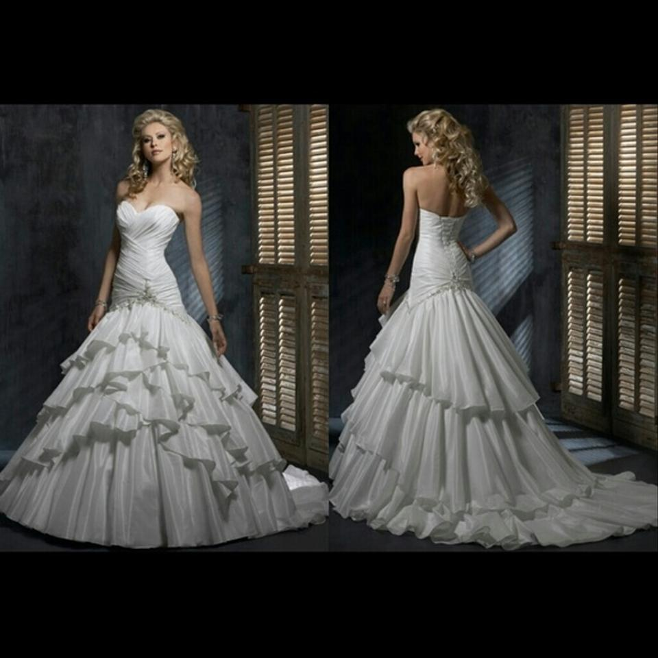 Maggie sottero jenna wedding dress on sale 46 off for Maggie sottero wedding dress prices