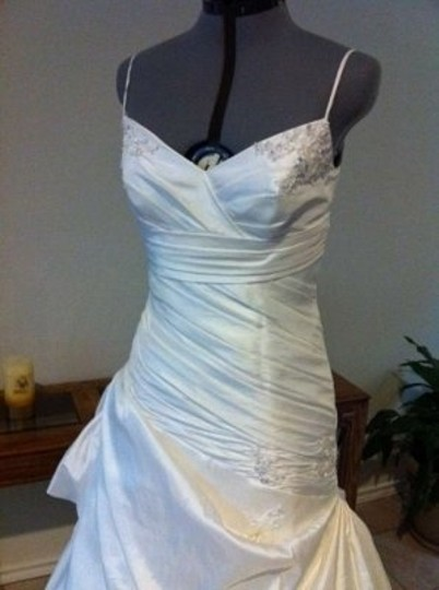 Alfred Angelo White Taffeta 2247 Formal Wedding Dress Size 18 (XL, Plus 0x)