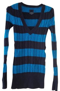 American Eagle Outfitters Cable Knit V-neck Sweater