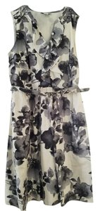 Ann Taylor LOFT short dress Black and Grey Floral Print Belted on Tradesy