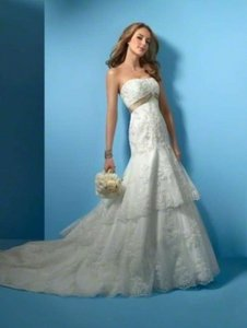 Alfred Angelo Ivory/Harvest Gold Net 2020 Formal Wedding Dress Size 12 (L)