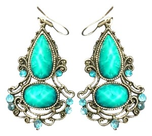 Emagge brand new chandelier earrings