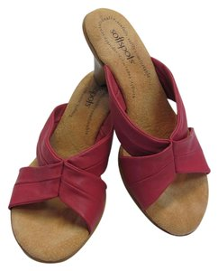 Softspots Leather Size 8.00 M Very Good Condition Pink, Neutral, Wedges