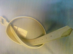 Accessories by Pearl white medium leather belt by Accessories by Pearl