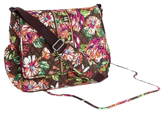 vera bradley nwt messenger english rose diaper bag on sale 44 off baby diaper bags on sale. Black Bedroom Furniture Sets. Home Design Ideas