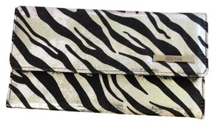 Kenneth Cole Reaction Kenneth Cole Reaction Zebra check size wallet BWT