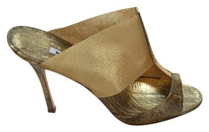 Manolo Blahnik Sandal Stilleto Strappy Metallic Gold Sandals