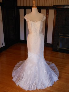 Pronovias Off White Lace Jacobe Destination Wedding Dress Size 10 (M)