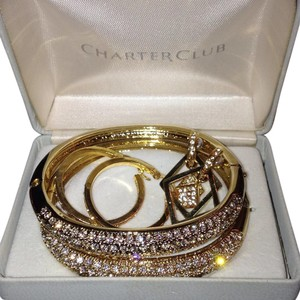 Charter Club Charter Club bracelet and earring set
